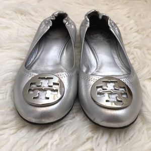 GUC Size 8M Silver Tory Burch Reva Ballet Flats!